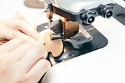 Reportage HANWAG Manufaktur Schuh Produktion in Vierkirchen<br /> <br /> PICTURED: Leder schärfen