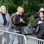NLD/Leusden/20120920- Uitvaart Joop van Tellingen, Jacques Swart en partner Laura Fygi