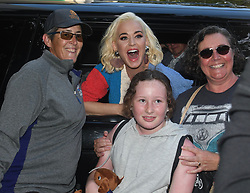 EXCLUSIVE: Katy Perry greets her adoring fans as she arrives back at her hotel in Melbourne whilst here for the cricket and her fundraising concert. 07 Mar 2020 Pictured: Katy Perry. Photo credit: MEGA TheMegaAgency.com +1 888 505 6342