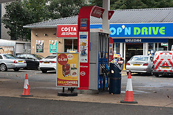 © Licensed to London News Pictures. 27/09/2021. London, UK. Motorist drive through a closed BP petrol station on Chiswick Roundabout, West London.  The pretor station is closed due to problems with the supply and distribution chain. This has also prompted panic buying by motorists in the last few days. Companies including BP and Shell have restricted deliveries due to the lack of HGV drivers. Photo credit: Ray Tang/LNP