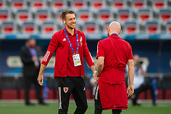 NICE, FRANCE - Wednesday, June 2, 2021: Wales' Aaron Ramsey (L) before an international friendly match between France and Wales at the Stade Allianz Riviera ahead of the UEFA Euro 2020 tournament. (Pic by Simone Arveda/Propaganda)