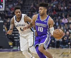 December 31, 2017 - Sacramento, CA, USA - The Sacramento Kings' Frank Mason III (10) looks to make a play against the Memphis Grizzlies on Sunday, Dec. 31, 2017, at the Golden 1 Center in Sacramento, Calif. (Credit Image: © Hector Amezcua/TNS via ZUMA Wire)