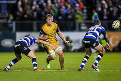 Mitch Eadie of Bristol Rugby offloads - Rogan Thomson/JMP - 18/11/2016 - RUGBY UNION - Recreation Ground - Bath, England - Bath Rugby v Bristol Rugby - Aviva Premiership.