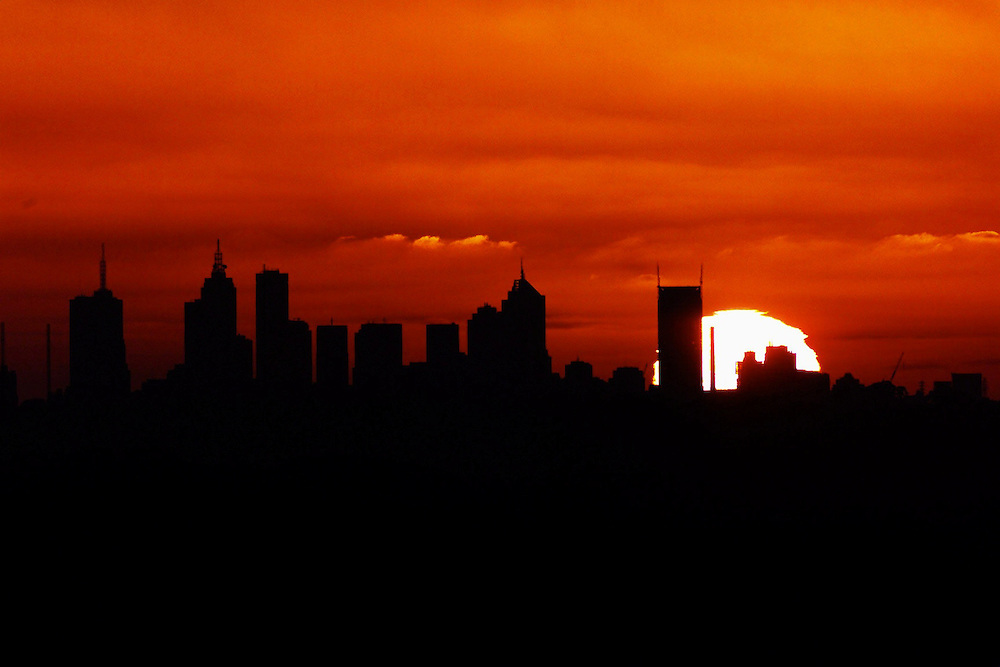 DIGICAM 00010460 csz001231.001.001.jpg. Digicam00010460. Sunset over Melbourne. Pic By Craig Sillitoe melbourne photographers, commercial photographers, industrial photographers, corporate photographer, architectural photographers, This photograph can be used for non commercial uses with attribution. Credit: Craig Sillitoe Photography / http://www.csillitoe.com<br /> <br /> It is protected under the Creative Commons Attribution-NonCommercial-ShareAlike 4.0 International License. To view a copy of this license, visit http://creativecommons.org/licenses/by-nc-sa/4.0/.