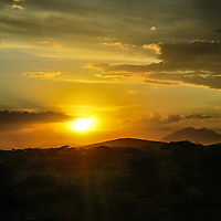 Sunrise of the valleys of Esiteti