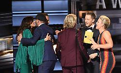 Josh Dallas, Cam, Cole Swindell, Little Big Town bei den 50. Country Music Awards in Nashville / 021116<br /> <br /> *** Country Music Awards 2016, Nashville, USA, November 2, 2016 ***