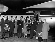 19/11/1958<br /> 11/19/1958<br /> 19 November 1958 <br /> Fokker F27 Friendships arrive at Dublin Airport. Aer Lingus receives two aircraft. Dignitaries beside one of the new aircraft.