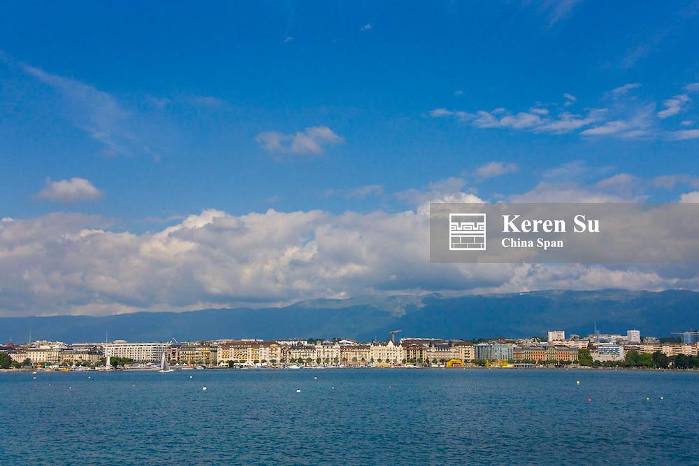 Waterfront houses on Lake Geneva, Geneva, Switzerland