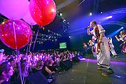 Nederland, Groesbeek, 24-1-2015Schlagerfestival, vooral optredens van carnavalsverenigingen, in een sporthal in Groesbeek.Grote belangstelling voor deze jaarlijkse bieravond.FOTO: FLIP FRANSSEN/ HOLLANDSE HOOGTE