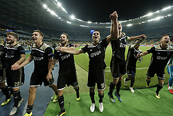(L-R) Lasse Schone of Ajax, Maximilian Wober of Ajax, Daley Blind of Ajax, Dusan Tadic of Ajax, Matthijs de Ligt of Ajax, David Neres of Ajax, Dani de Wit of Ajax, during the UEFA Champions League play offs round second leg match between Dynamo Kyiv and Ajax Amsterdam at the NSK Olimpiyskyi on August 28, 2018 in Kyiv, Ukraine