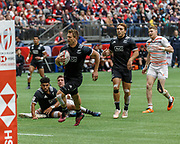 VANCOUVER, BC - MARCH 11: Scott Curry (#1) of New Zealand scores between the posts during Game # 38- New Zealand vs England 5th Place SF 2 match at the Canada Sevens held March 10-11, 2018 in BC Place Stadium in Vancouver, BC. (Photo by Allan Hamilton/Icon Sportswire)