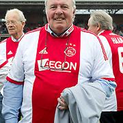 Amsterdam, 03-07-2013. Oud-Ajaxied Sjaak Swart wordt 75 jaar en krijgt een jubileumwedstrijd in het Olympisch Stadion te Amsterdam. Vele oud-Ajax gedienden waren uitgenodigd. Mr. Ajax - Sjaak Swart maakte deel uit van oud-Ajax elftal. Foto: Heinz Stuy.
