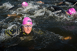 © Licensed to London News Pictures. 24/09/2016. London, UK. Participants at the start of the first ever Swim Serpentine, held in the famous lake in Hyde Park.  Raising thousands for charity and with water temperatures of 18C, swimmers navigate the one mile clockwise route around the lake.  The two-day open water swimming festival includes the British Open Water Swimming Championships on Sunday. Photo credit : Stephen Chung/LNP