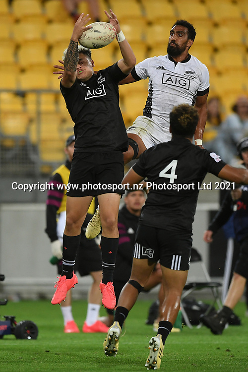 Caleb Tangitau takes a high ball in the All Blacks Sevens match, Sky Stadium, Wellington, Sunday, April 11, 2021. Copyright photo: Kerry Marshall / www.photosport.nz