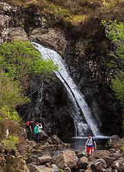 THEMENBILD - Touristen bei den Wasserfällen der Fairy Pools, Glen Brittle, Isle of Skye, Schottland, aufgenommen am 11. Juni 2015 // Tourists at the waterfalls of the Fairy Pools, Glen Brittle, Scotland on 2015/06/11. EXPA Pictures © 2015, PhotoCredit: EXPA/ JFK