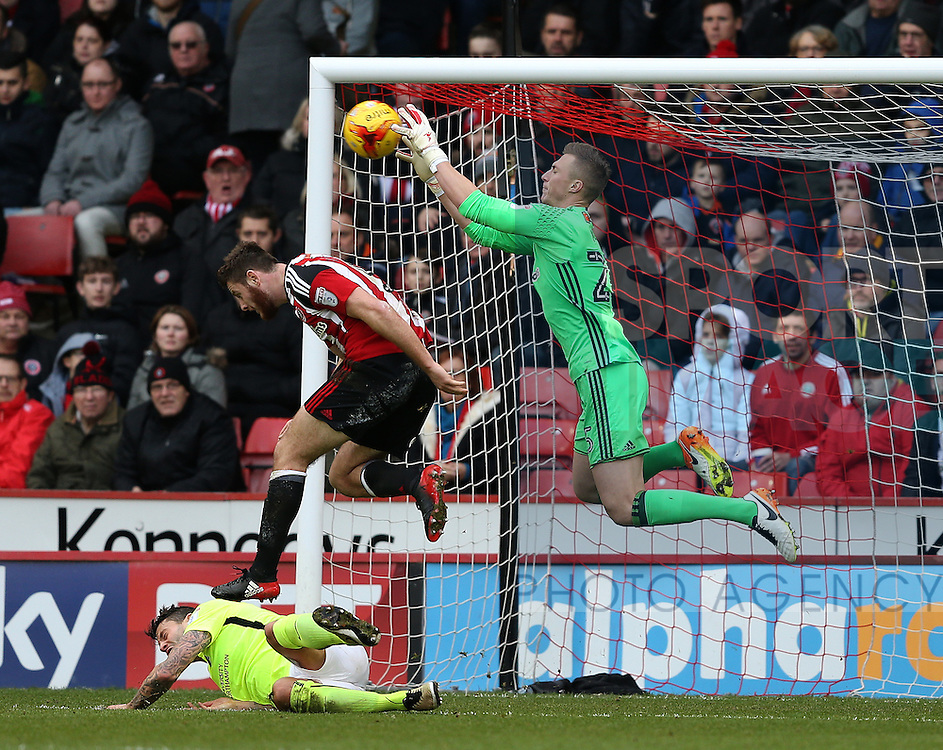 Simon Moore of Sheffield Utd collects the ball during the English League One match at Bramall Lane Stadium, Sheffield. Picture date: December 31st, 2016. Pic Simon Bellis/Sportimage