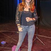 NLD/Bussum/20151106 - Sky Radio's 60 Dagen Superprijzen stoelendans actie, Quinty Trustfull - van den Broek