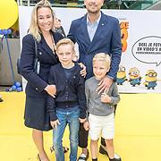 NLD/Amsterdam/20170617 - Première Verschrikkelijke Ikke 3, Jetteke van Lexmond, partner Alex Jaspers en kinderen