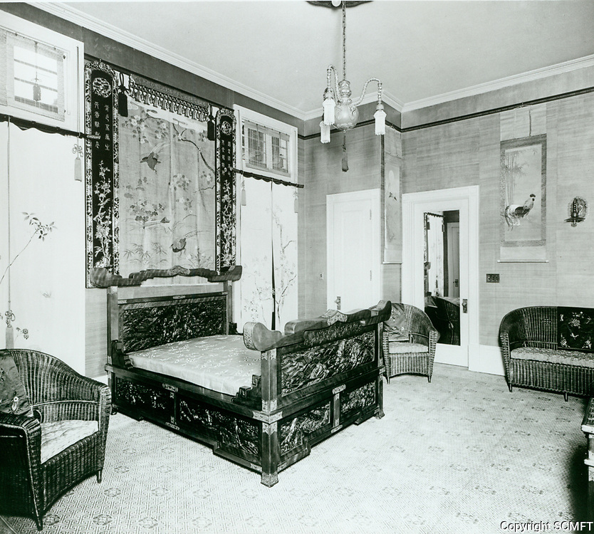 1918 A bedroom at the Bernheimer Estate. Now the Yamashiro