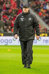 30.01.2016, BayArena, Leverkusen, GER, 1. FBL, Bayer 04 Leverkusen vs Hannover 96, 19. Runde, im Bild Thomas Schaaf (Hannover 96) // during the German Bundesliga 19th round match between Bayer 04 Leverkusen and Hannover 96 at the BayArena in Leverkusen, Germany on 2016/01/30. EXPA Pictures © 2016, PhotoCredit: EXPA/ Eibner-Pressefoto/ Schüler<br /> <br /> *****ATTENTION - OUT of GER*****