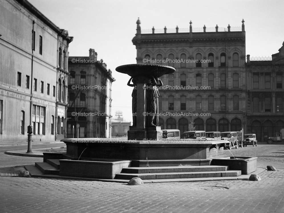 9969-2276. Skidmore fountain at First and Ankeny Streets, Portland, Oregon. January 31, 1936.