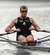 Amsterdam, HOLLAND, NZL M1X, Mahe DRYSDALE, in his heat of the men's  sculls,  at the 2007 FISA World Cup Rd 2 at the Bosbaan Regatta Rowing Course. [Date] [Mandatory Credit: Peter Spurrier/Intersport-images]..... , Rowing Course: Bosbaan Rowing Course, Amsterdam, NETHERLANDS