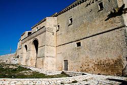 Masseria/Convento Jesce risalente al XVI secolo, è presente una cripta affrescata, ubicata al di sotto della masseria e a questa direttamente collegata: dedicata a San Michele Arcangelo, presenta affreschi riferibili alla metà del  XIV secolo.