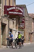 wine shop cyclists baronnie d'estouard chateauneuf du pape rhone france