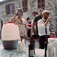 Wine is the official power drink of the competition. On May 27, 2018 the second edition od the Eroica went of, the Eroica is a bicycle race where only bikes berore 1985 can partecipate. Cyclists must wear vintage cloths and the road are often on gravel. It's a non competitive race, but fatigue and sweat are real. Federico Scoppa