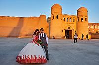 Ouzbekistan, Khiva, patrimoine mondial de l UNESCO, jour de mariage // Uzbekistan, Khiva, Unesco World Heritage, wedding day