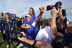 September 30, 2018 - Guyancourt, France, France - joie de Ian Poulter of England (Team Europ) .Tommy Fleetwood of England  (Credit Image: © Panoramic via ZUMA Press)