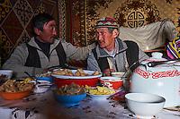 Mongolie, région de Bayan-Ulgii, famille Kazakh // Mongolia, Bayan-Ulgii province, Kazakh family