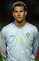 Fotball<br /> Treningskamp<br /> Portugal v Sverige<br /> 28. april 2004<br /> Foto: Digitalsport<br /> NORWAY ONLY<br /> <br />  ANDREAS ISAKSSON (SWE)