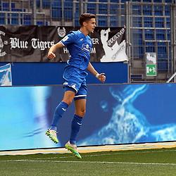 Torjubel des Torschützen Christoph Baumgartner (TSG 1899 Hoffenheim)<br /> <br /> Sport: Fussball: Bundesliga: Saison 19/20: TSG 1899 Hoffenheim-1.FC Union Berlin, 20.06.2020.<br /> <br /> Foto: RALF POLLER/AVANTI/POOL/PIX-Sportfotos<br /> <br /> Nur für journalistische Zwecke! Only for editorial use! <br /> Gemäß den Vorgaben der DFL Deutsche Fußball Liga ist es untersagt, in dem Stadion und/oder vom Spiel angefertigte Fotoaufnahmen in Form von Sequenzbildern und/oder videoähnlichen Fotostrecken zu verwerten bzw. verwerten zu lassen. DFL regulations prohibit any use of photographs as image sequences and/or quasi-video.