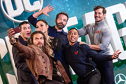 (l-r) Ezra Miller, Jason Momoa, Gal Gadot, Ben Affleck, Ray Fisher, and Henry Cavill attending the Justice League photocall, at The College, Southampton Row, London. PRESS ASSOCIATION Photo. Picture date: Saturday November 4th, 2017. Photo credit should read: Matt Crossick/PA Wire.