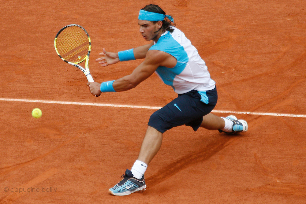 Roland Garros. Paris, France. June 8th 2007..1/2 Finals..Rafael NADAL against Novak DJOKOVIC