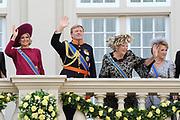 "De ""balkonscène"" van de koninklijke familie op Paleis Nooreinde o, Prinsjesdag 2012. /// Royal family at palace Noordeinde on ""Prinsjesdag""in The Hague<br /> <br /> Op de foto / On the photo: Prinses Maxima, prins Willem-Alexander, koningin Beatrix en prinses Margriet"