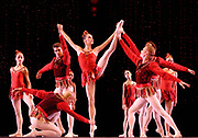 GASTON DE CARDENAS/EL NUEVO HERALD -- MIAMI -- Andrea Spiridonakos and dancers from the Miami City Ballet during a rehearsal of the Rubies part of the Ballet Jewels