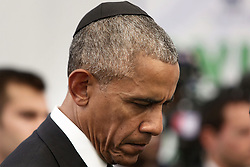 September 30, 2016 - Jerusalem, ISRAEL - U.S. President Barack Obama attends the funeral of former Israeli president and prime minister Shimon Peres at Mount Herzl national cemetery in Jerusalem. Friday, Sept. 30, 2016. Shimon Peres was laid to rest on Friday in a ceremony attended by thousands of admirers and dozens of international dignitaries √¢'Ǩ≈°√جø¬Ω√جø¬Ω√É¬Æ in a final tribute to a man who personified the history of Israel during a remarkable seven-decade political career and who came to be seen by many as a visionary and symbol of hopes of Mideast peace. (Credit Image: © Prensa Internacional via ZUMA Wire)