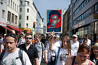 DEU, Deutschland, Germany, Berlin, 27.07.2013:<br />StopWatchingUs-Solidaritätsdemonstration für den Whistleblower Edward Snowden und gegen die massenhafte Ausspähung von Kommunikationsdaten durch den US-Geheimdienst NSA.