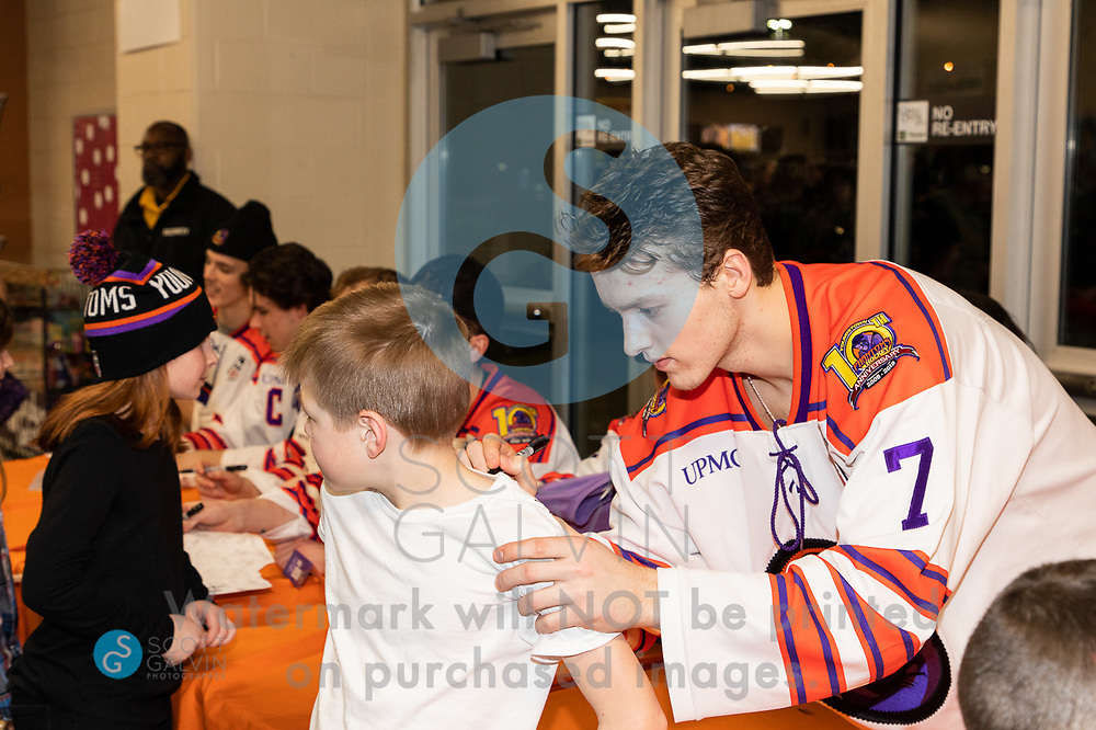 The Youngstown Phantoms lose 5-1 to the Waterloo Black Hawks at the Covelli Centre on February 29, 2020.<br /> <br /> Linden Alger, defenseman, 7