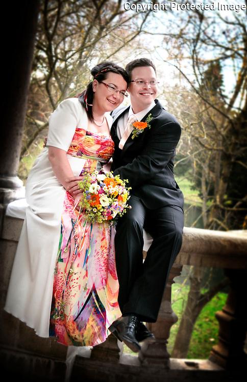 Svadobne fotografie Zuzky a Martina z ich svadobneho dna 1. Aprila 2011. Svadobny fotograf Anton Fric.