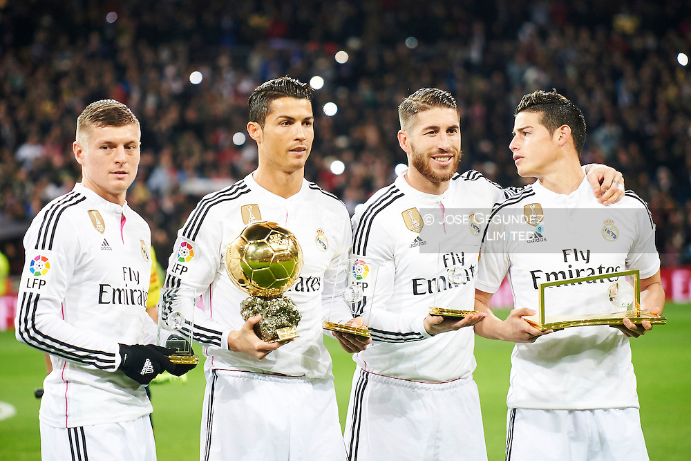 Toni Kroos, Cristiano Ronaldo, Sergio Ramos and James Rodriguez during the Copa del Rey, round of 8 match between Real Madrid and Atletico de Madrid at Estadio Santiago Bernabeu on January 15, 2015 in Madrid, Spain.<br /> In this game, Toni Kroos, Cristiano Ronaldo, Sergio Ramos and James Rodriguez, celebrates his Ballon d'Or and Fifa awards with all Real Madrid fans
