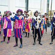 NLD/Utrecht/20161009 - Premiere De Club van Sinterklaas & Geblaf op de Pakjesboot , Zwarte Pieten band