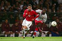 Fotball<br /> UEFA Champions League 2004/2005<br /> Foto: Dppi/Digitalsport<br /> NORWAY ONLY<br /> 15.09.2004<br /> <br /> OLYMPIQUE LYON v MANCHESTER UTD<br /> <br /> CRISTIANO RONALDO (MAN) / ERIC ABIDAL (LYON)