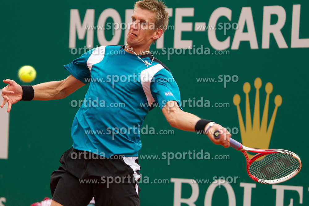 18.04.2012 Country Club, Monte Carlo, MON, ATP World Tour, Rolex Masters, 2. Runde, im Bild Jarkko Nieminen (FIN) in action during the second round match between Rafael Nadal (ESP) and Jarkko Nieminen (FIN) // at the Rolex Masters tennis tournament second Round of ATP World Tour at Country Club, Monte Carlo, Monaco on 2012/04/17. EXPA Pictures © 2012, PhotoCredit: EXPA/ Mitchell Gunn