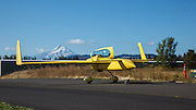 A Long EZ taxis into the 2013 Hood River Fly In at WAAAM.