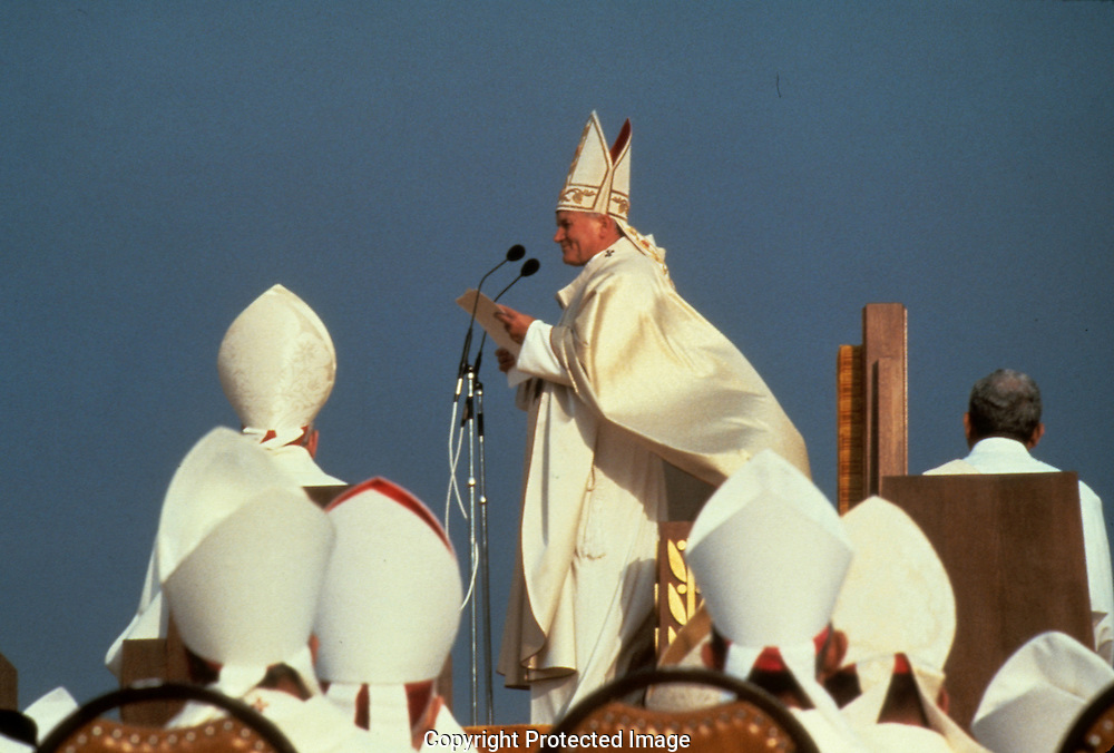Pope John Paul II at a mass in Chicago in October 1979..Photograph by Dennis Brack bb30