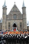 On Queensday, april 30th Queen Beatrix attends with her family ( Willem Alexander en  Maxima , Constantijn en Laurentien, Prince Friso en Mabel, Princes Margriet en  Pieter van Vollenhoven, Marilène en Maurits, Bernhard en Annette, Pieter-Christiaan met Anita van Eijk, Prince Floris met Aimée Söhngen) a special 25th jubilee ceremony of the dutch goverment in de Ridderzaal, The Hague.<br /> <br /> Op Koninginnedag, 30 april, is de Koningin en haar familie ( Willem Alexander en  Maxima , Constantijn en Laurentien, Prins Friso en Mabel, Prinses Margriet en  Pieter van Vollenhoven, Marilène en Maurits, Bernhard en Annette, Pieter-Christiaan met Anita van Eijk, Prins Floris met Aimée Söhngen) aanwezig bij een jubileumbijeenkomst van de Eerste en Tweede Kamer der Staten-Generaal in de Ridderzaal.