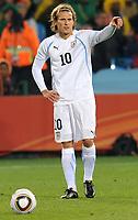 Fotball<br /> VM 2010<br /> Uruguay v Sør Afrika<br /> 16.06.2010<br /> Foto: Insidefoto/Digitalsport<br /> NORWAY ONLY<br /> <br /> Diego Forlan (Uruguay)